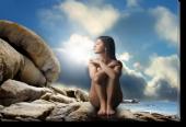 Tablou Canvas Fata Nud pe Stanci